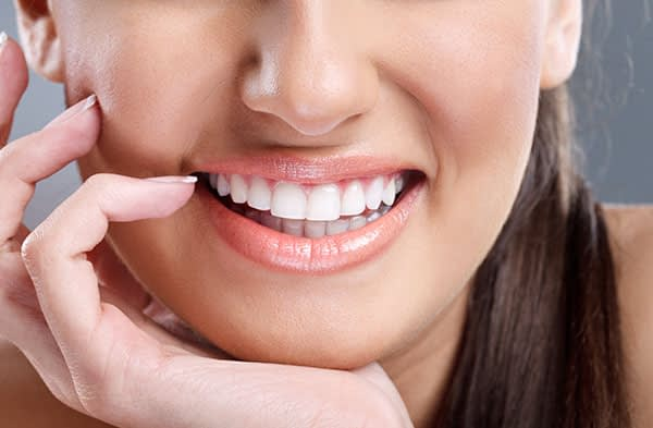 What Makes Zoom Teeth Whitening An Effective Cosmetic Dental Solution?