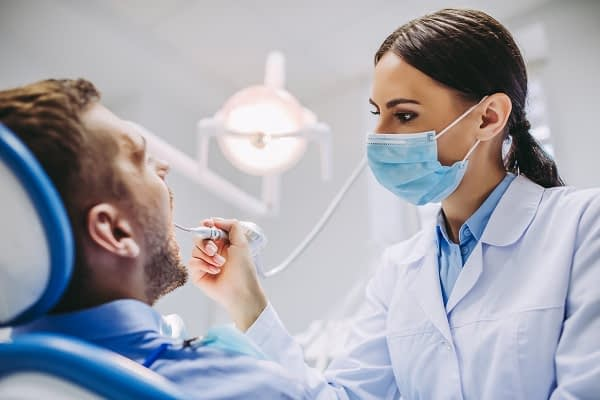 A General Dentist Explains Why X Rays Are Recommended