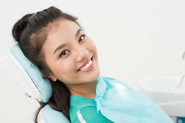 Questions To Ask At Your Cosmetic Dental Appointment