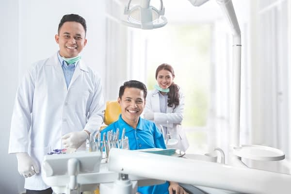 Are There Health Benefits Of Cosmetic Dentistry?