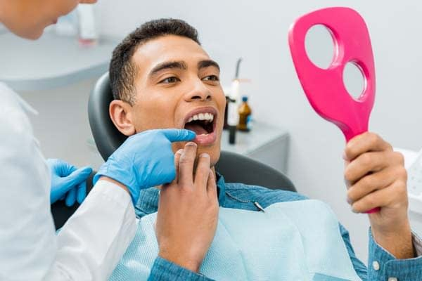 How Cosmetic Dentistry Can Fix Facial Trauma